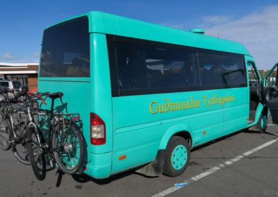 Islande à vélo - nos vélos à l'arrière du bus Gudmundur