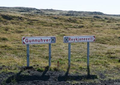 D'abord Gunnuhver ou Reykjanesviti  ?