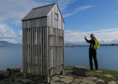 L'abri en bois pour sécher le poisson sur le Pufan à Reykjavik