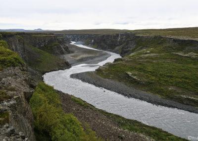 Randonnée à Asbyrgi, depuis Kviar on a une belle vue sur le canyon de Jökulsa