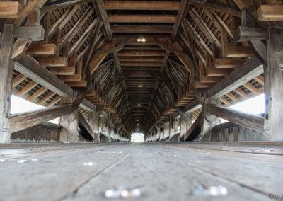 Magnifique pont en bois à Wangen an der Aare